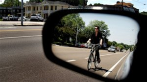 130809_cs6x4_rci-cyclist-dooring_sn635